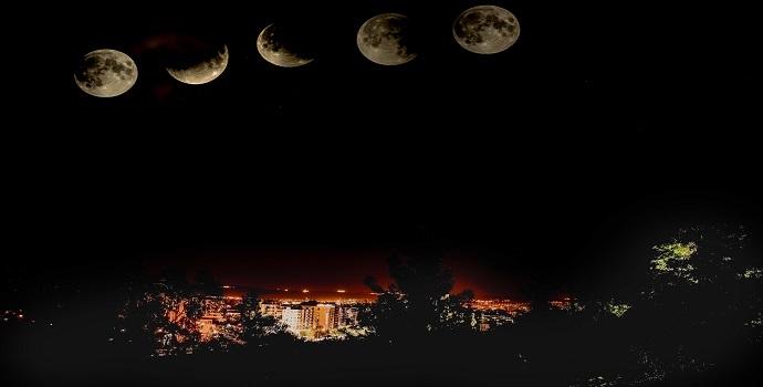 Batmanda Parçalı Ay Şöleni