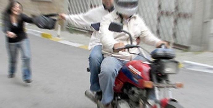 Motorize kapkaççılar kaçamadı!