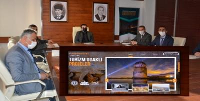 HASANKEYF'TE PROJE TANITIM TOPLANTISI